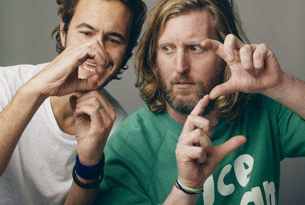 Intervista a Smith & Burrows: «Il disco come via d'uscita idilliaca»